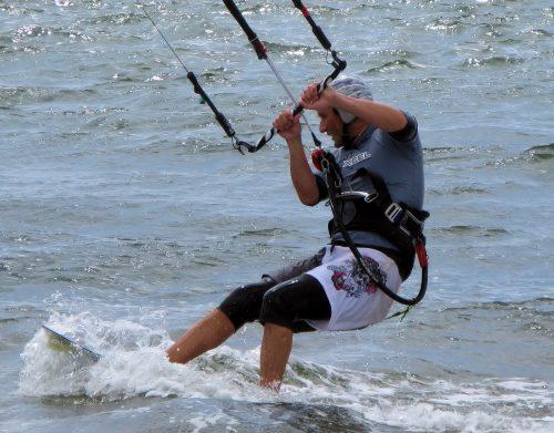 kiteboarding harness