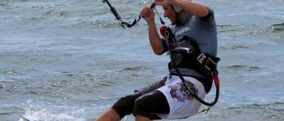 kiteboarding harness
