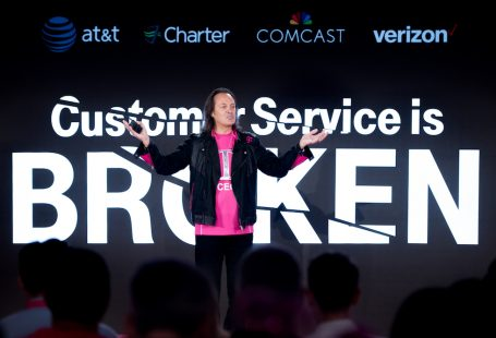 T-Mobile CEO John Legere addresses the audience at T-Mobile's Un-carrier NEXT event at the T-Mobile Charleston Customer Experience Center on Wednesday, August 15, 2018