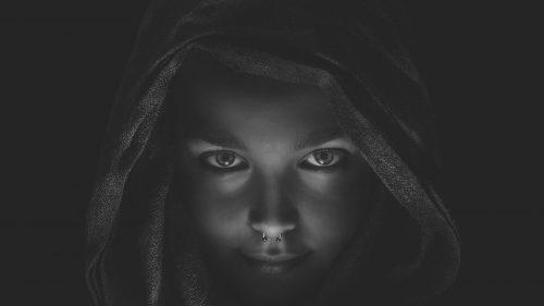 Closeup Woman s Face 4zVGRZ9952tk 1600
